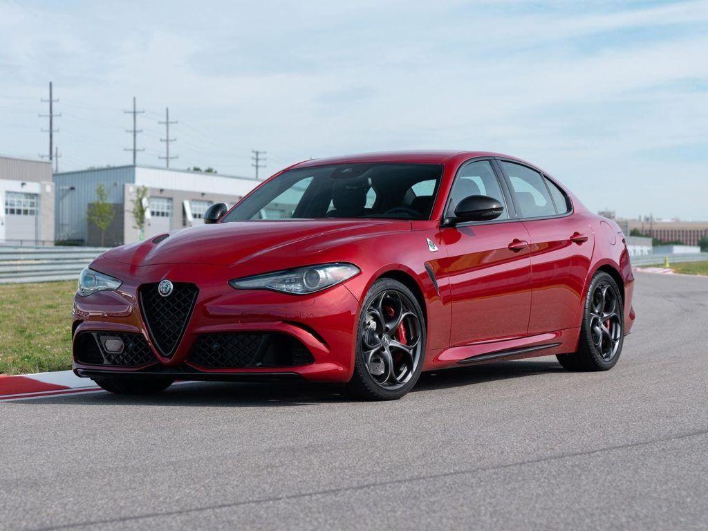 The 2019 Alfa Romeo Giulia Performance Cars Review 2019 Alfa Romeo Giulia Alfa Romeo Alfa Romeo Giulietta