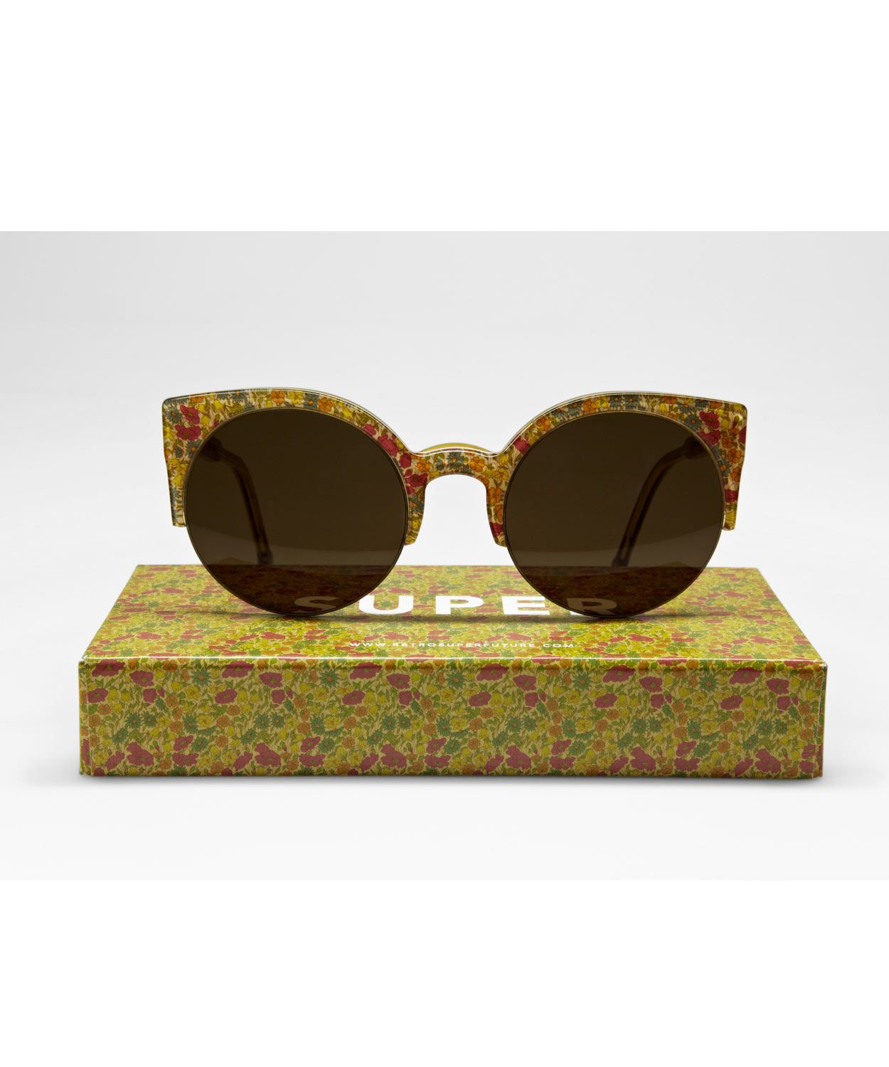 Retro Lucia Liberty print sunglasses. Because c6b0dbdd75