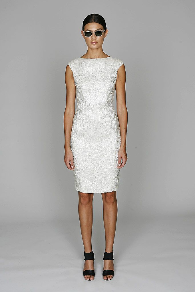 Monique Lhuillier Resort 2011 Collection Slideshow on Style.com