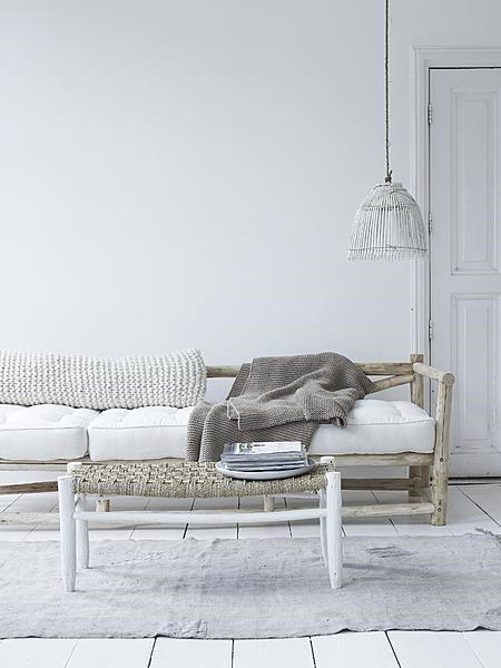 wohnzimmer holz und helles taupe naturt ne pinterest wohnzimmer holz und mediterraner. Black Bedroom Furniture Sets. Home Design Ideas