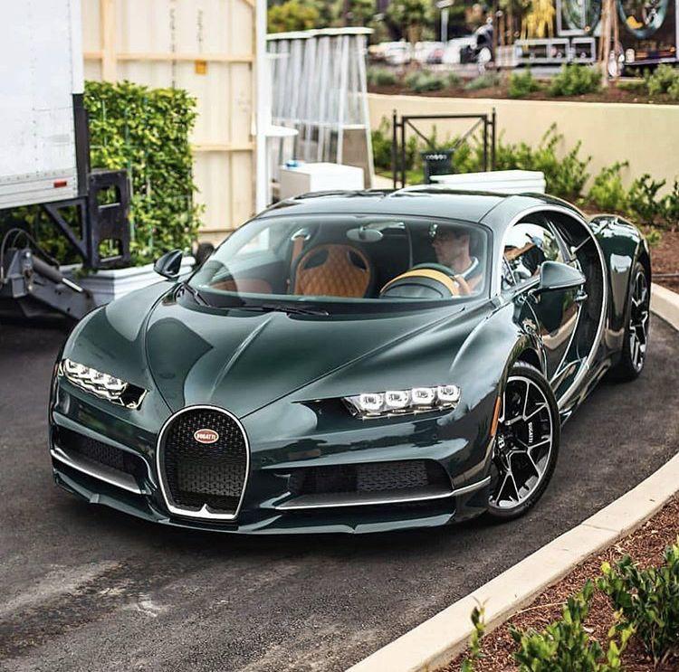 Pin By Nonaame22 On Vehicles Bugatti Chiron Bugatti Cars Bugatti