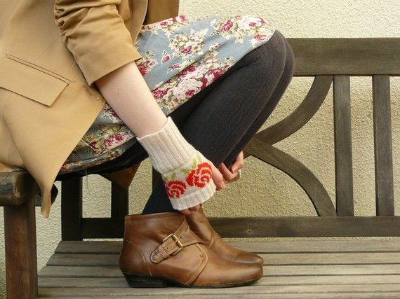 Short Fairisle Fingerless Gloves Patterned Red Rose Wrist Warmers in Putty and Tartan Scarlet