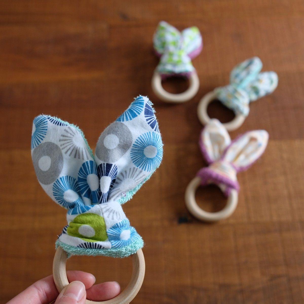 Tutorial mordedores conejito de madera + telas. | Baby boom ...