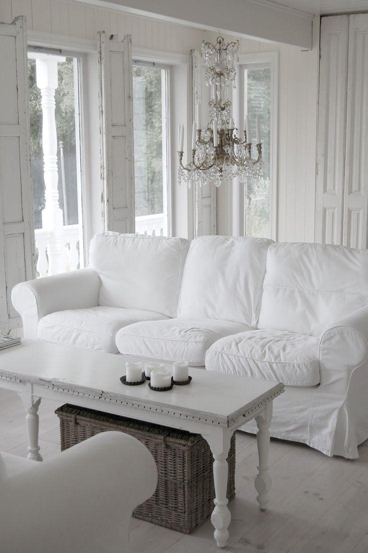25 Charming Shabby Chic Living Room Designs