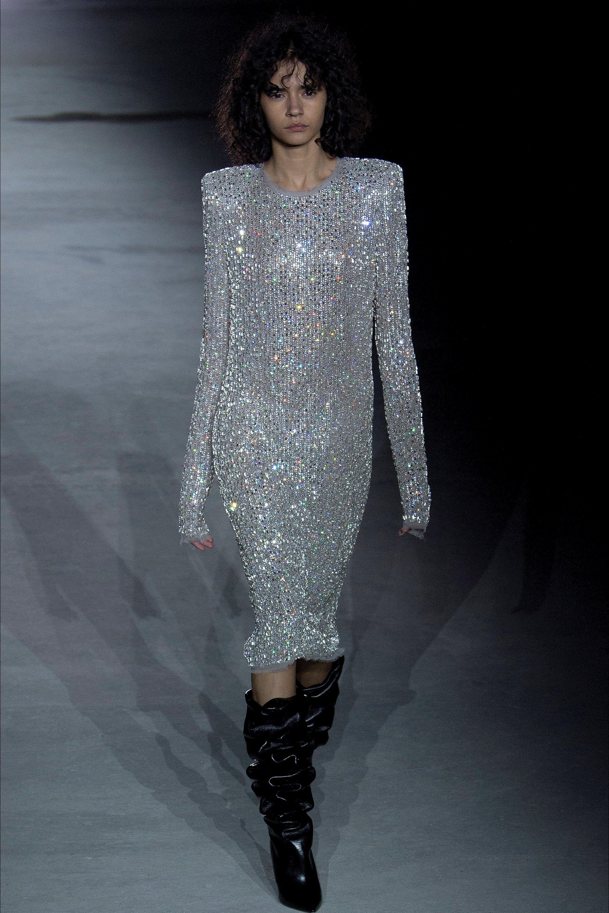 Sfilata Saint Laurent Parigi - Collezioni Autunno Inverno 2017-18 - Vogue