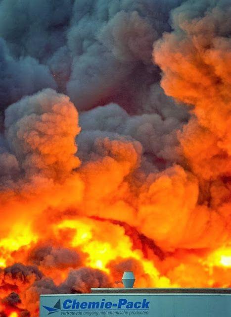 Brand in Nederland: Gelukkig is er nooit gevaar voor de volksgezondheid!