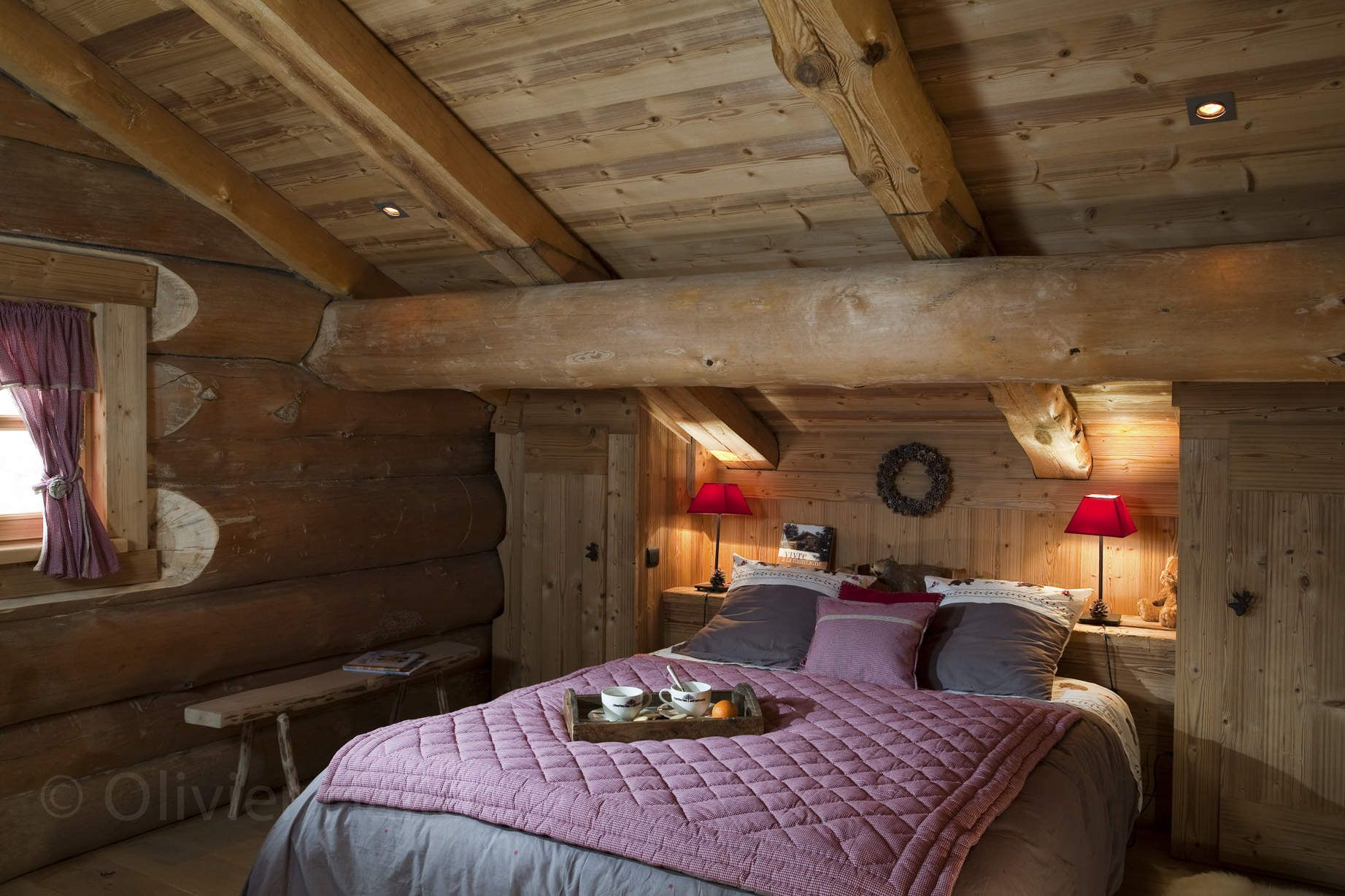 Chalet les pins chambre ambiance chalet in 2019 arredamento baita di montagna arredamento - Chambre en bois ...