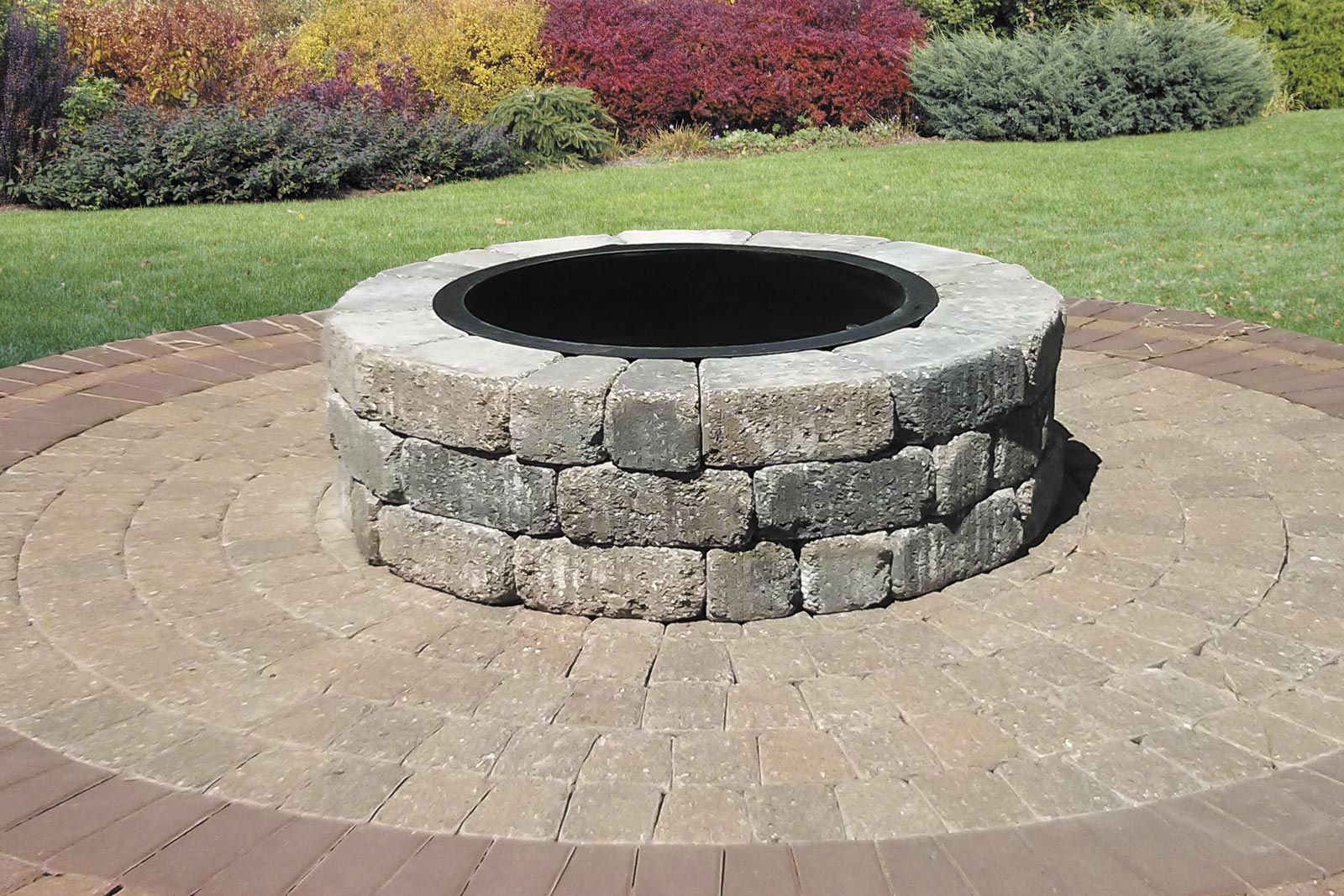 Madera Block Romanstone Hardscapes Versatile Old World Charm Paver Fire Pit Fire Pit Kit Outdoor Fire Pit