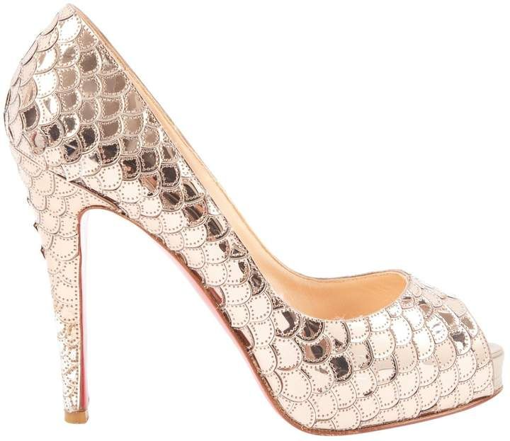 74ad35c9c2e17f Christian Louboutin Very Privé leather heels