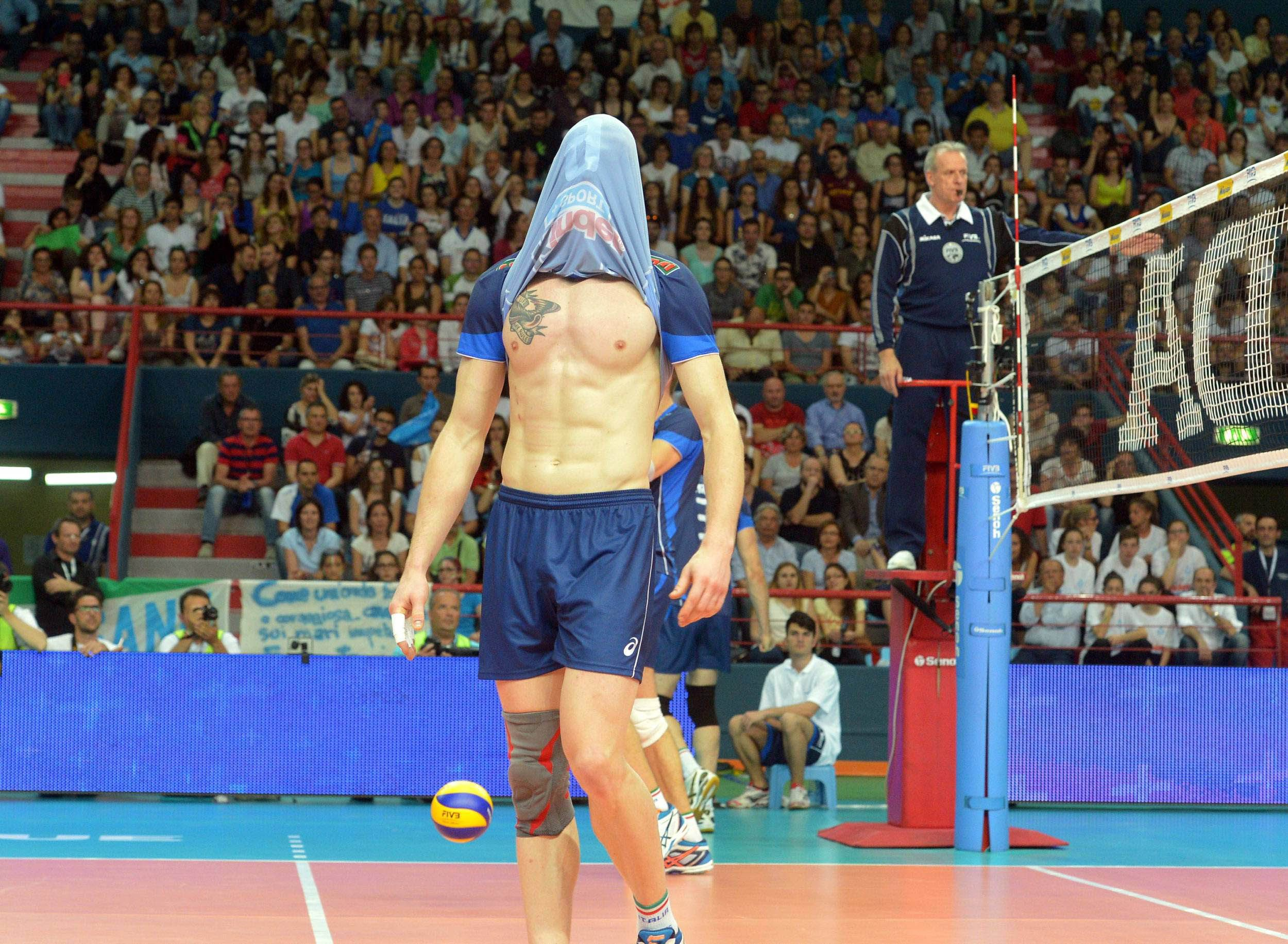 He S So Immature I Love It Fun Sports Athlete Volleyball
