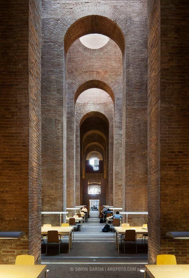 #Biblioteca 'Dipòsit de les Aigües' by Lluís Clotet & #Ignacio #Paricio