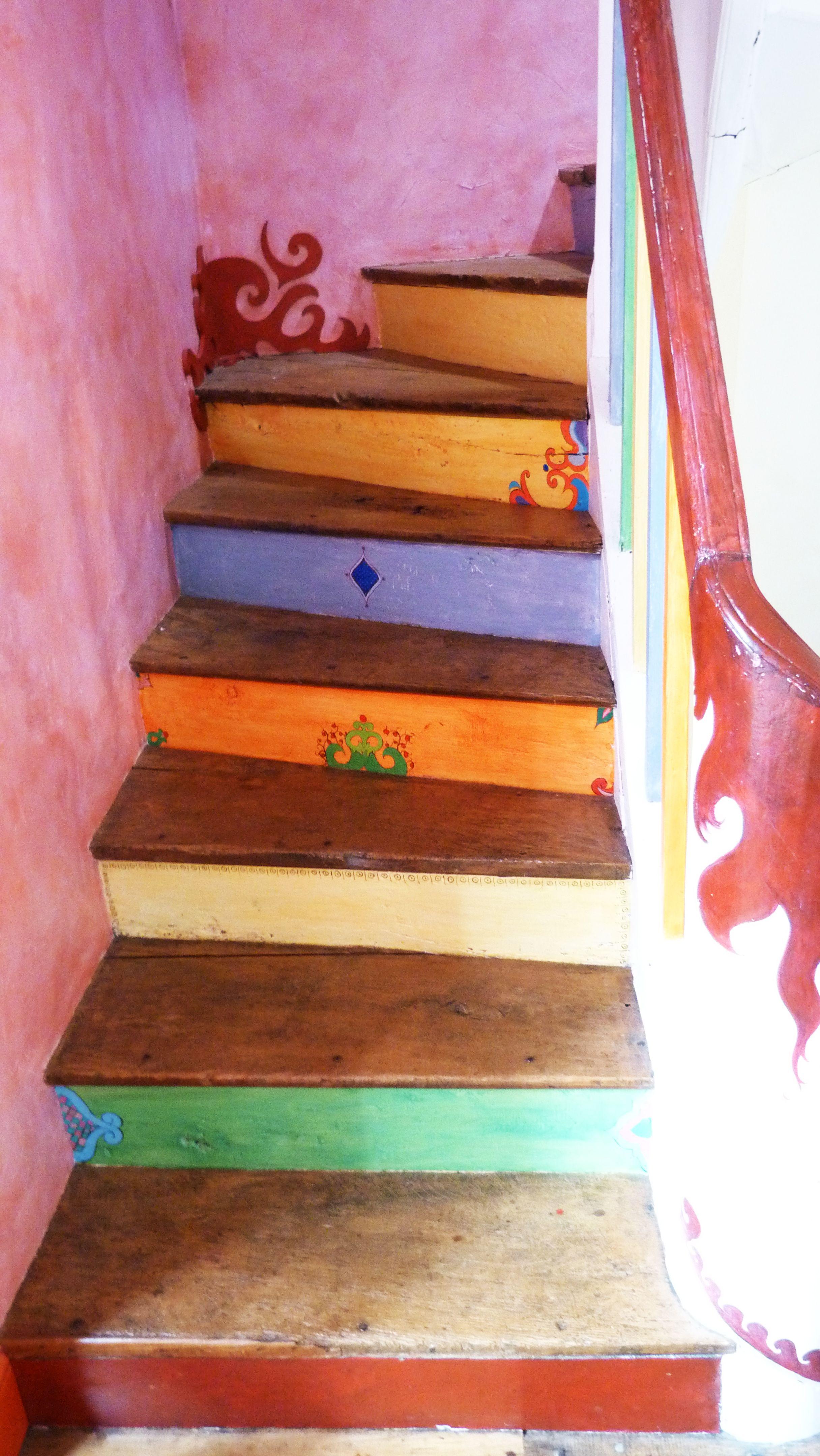 escalier peint deco escaliers pinterest escaliers peindre et deco escalier. Black Bedroom Furniture Sets. Home Design Ideas