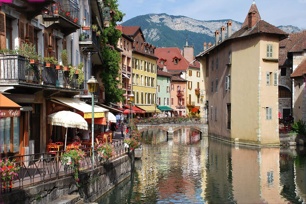 Beautiful city and scenery Annecy Haute Savoie | Annecy, Beautiful places  to visit, Places to travel