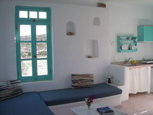 Guest Inn - LIMERI - Traditional studios & apartments - Sarakiniko - Milos