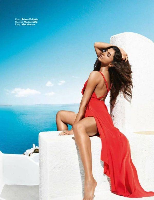 Deepika Padukone And Ranveer Singh Photoshoot For Vogue Magazine October 2015 Deepika Padukone Style Bollywood Celebrities Deepika Padukone Hot