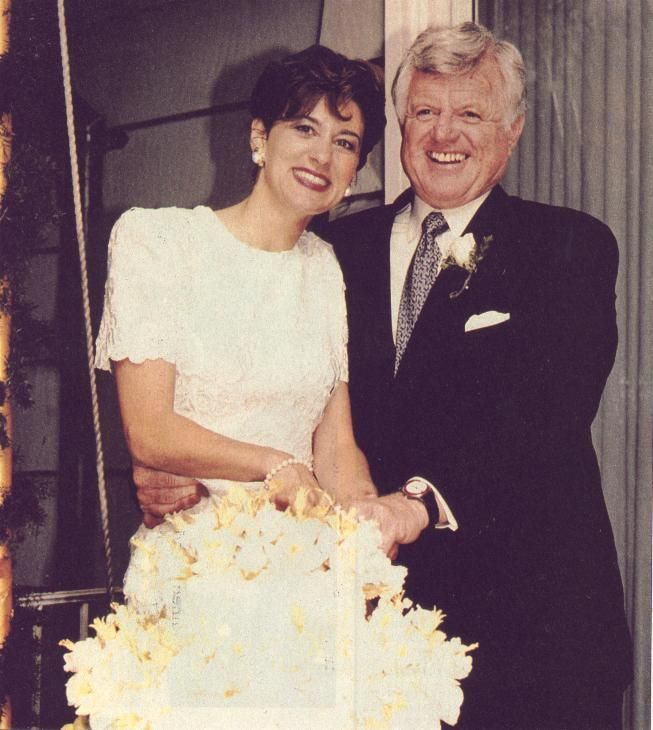 Ted Kennedy wedding | Ted and Vicki Reggie Kennedy wedding ...