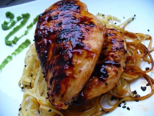 kurczak w miodowo-czosnkowej marynacie
