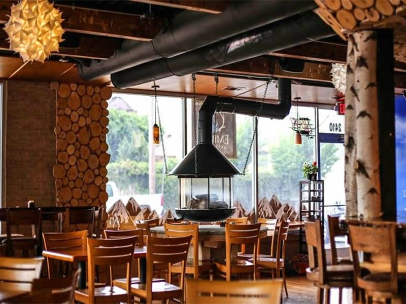 13 New Restaurants in Nashville Lodge, Nashville, Ski lodge