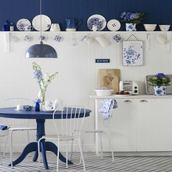 Kitchen Design Inspiration From Uk S House To Home Site Blue And White Country