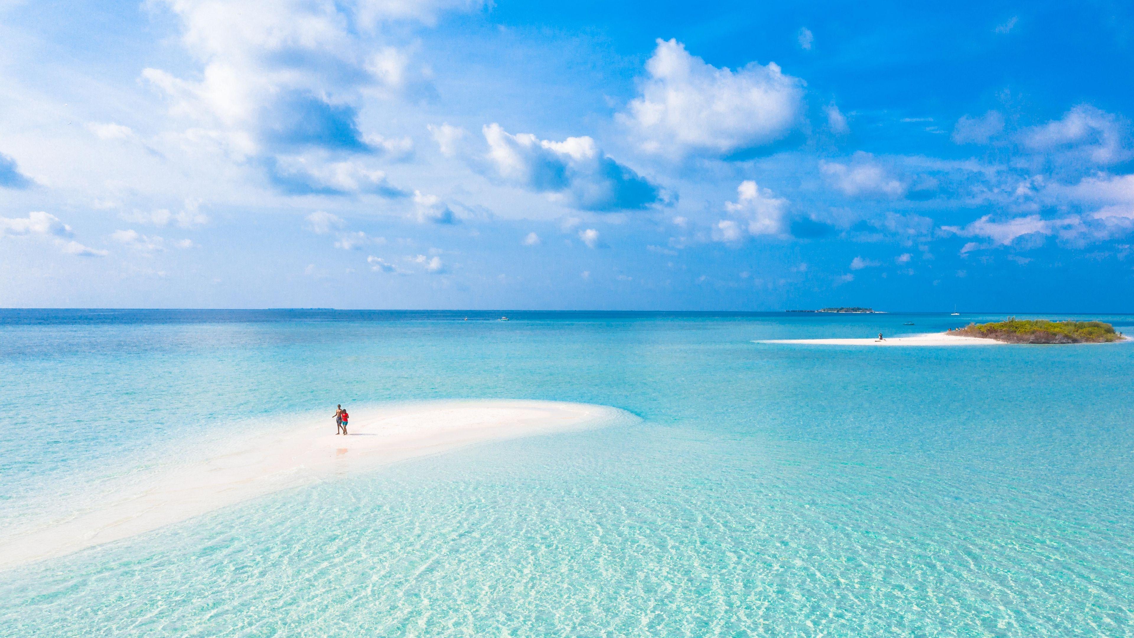 3840x2160 Tropical Beach Sea Sunny Day Wallpaper In 2020 Birds Eye Birds Eye View View Wallpaper