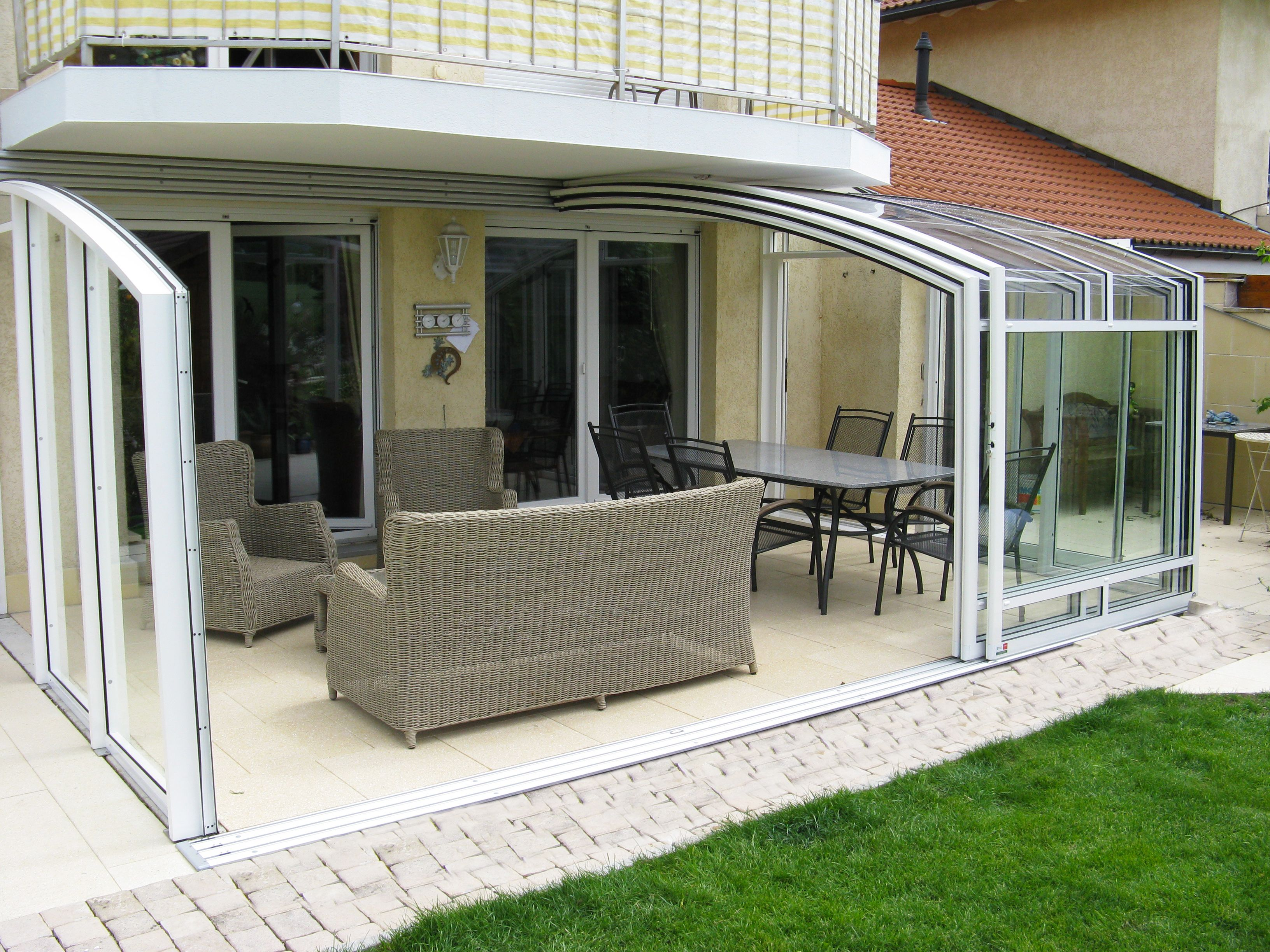 Retractable Patio Enclosure For Your Home Patio Enclosures Patio Pool Enclosures