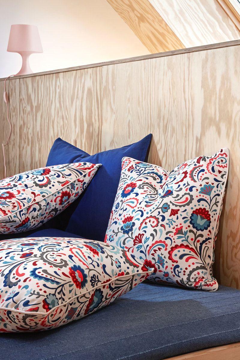 Kissenbezüge In Modernen Und Traditionellen Skandinavischen Mustern Kissenbezüge Kissenbezug Große Kissen