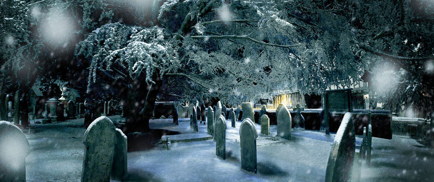 Graveyard Pic 1 Png 890 374 Pixels Hogwarts Christmas Harry Potter Script Cool Pictures