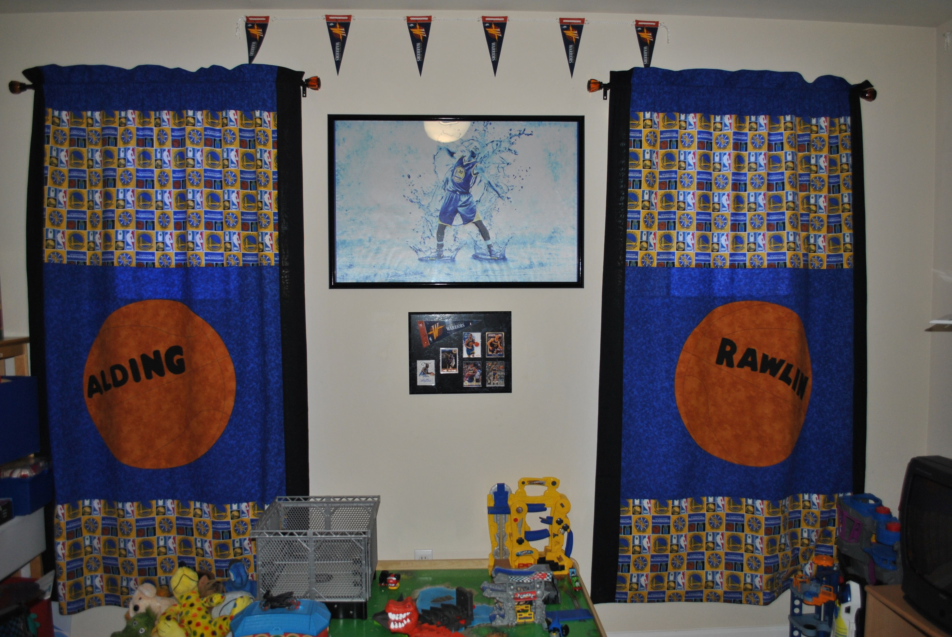 Golden State Warriors Bedroom Basketball Curtains Golden State Warriors Bedroom Sports Theme Classroom Classroom Themes