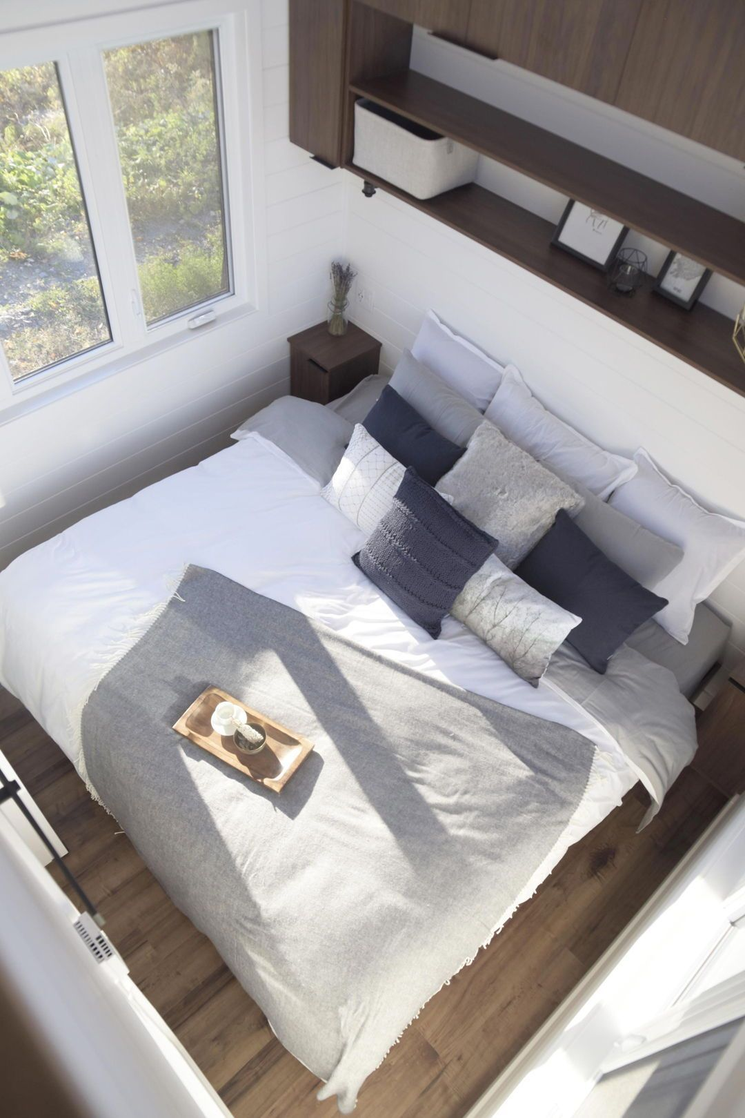 As With The Laurier Model At The Rear Of The Magnolia Is The Main Floor Master Bedroom With In 2020 Master Bedroom Layout Large Master Bedroom Ideas Small Room Design