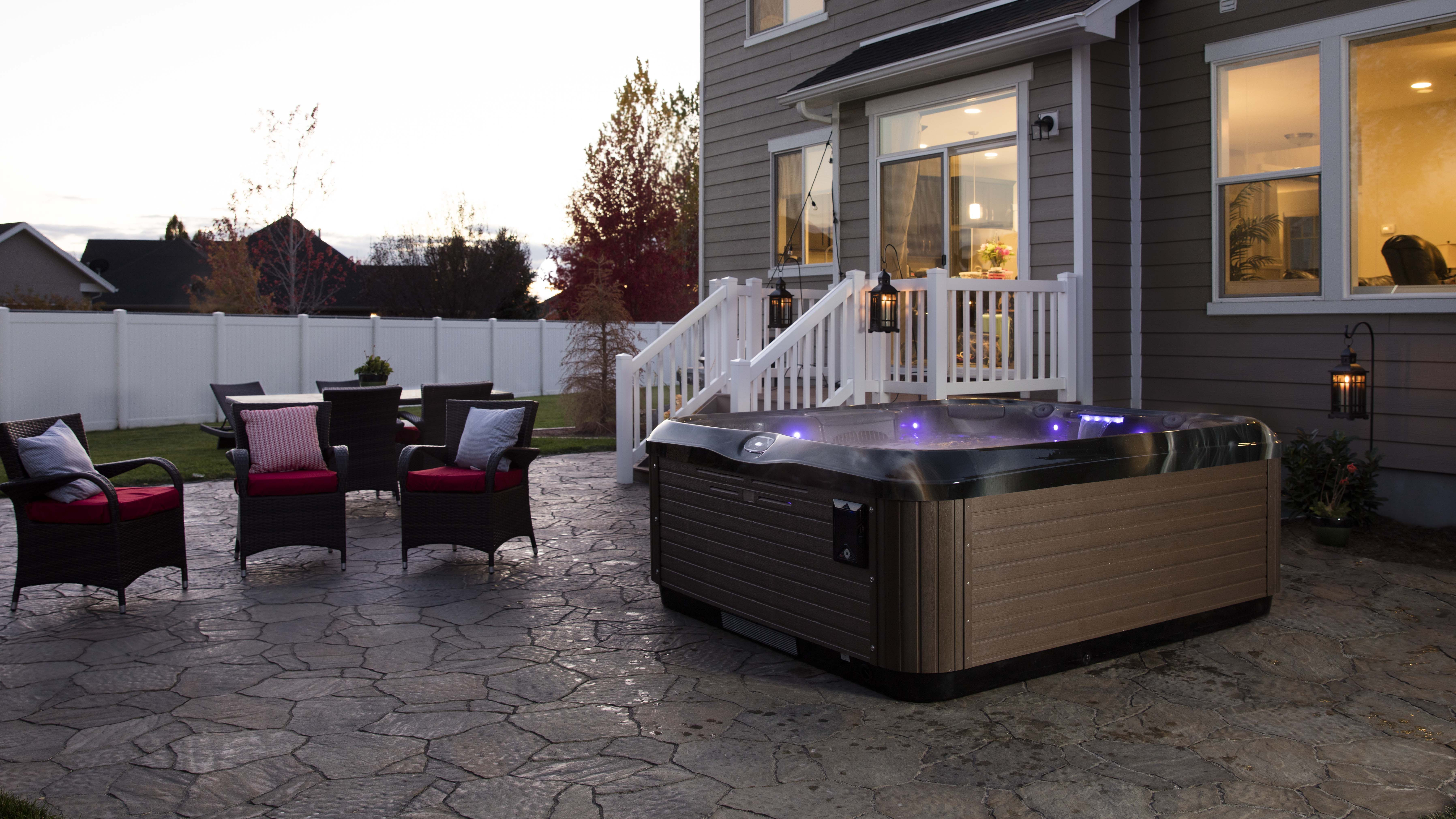 Best Hot Tubs Showrooms Provide A Great Place To Chat With Experts About The Ideal Place To Locate A Spa On Your Property H Patio Buy Hot Tub Portable Hot Tub