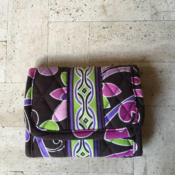 New PriceVera Bradley petite tri-fold wallet!! Vera Bradley petite tri-fold 097d338913