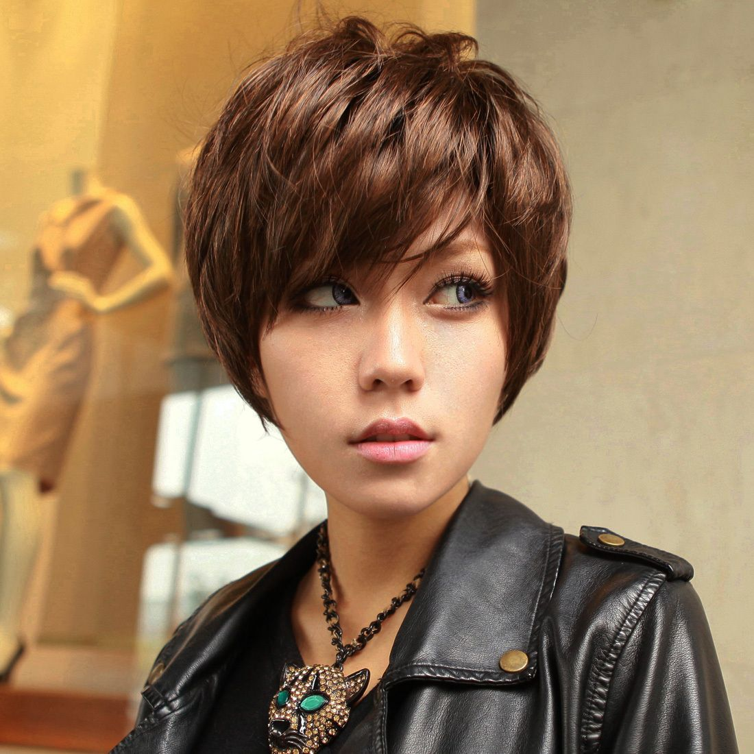 Show Able Temperament Ol Wind Slanting Fringe Short Curly Hair