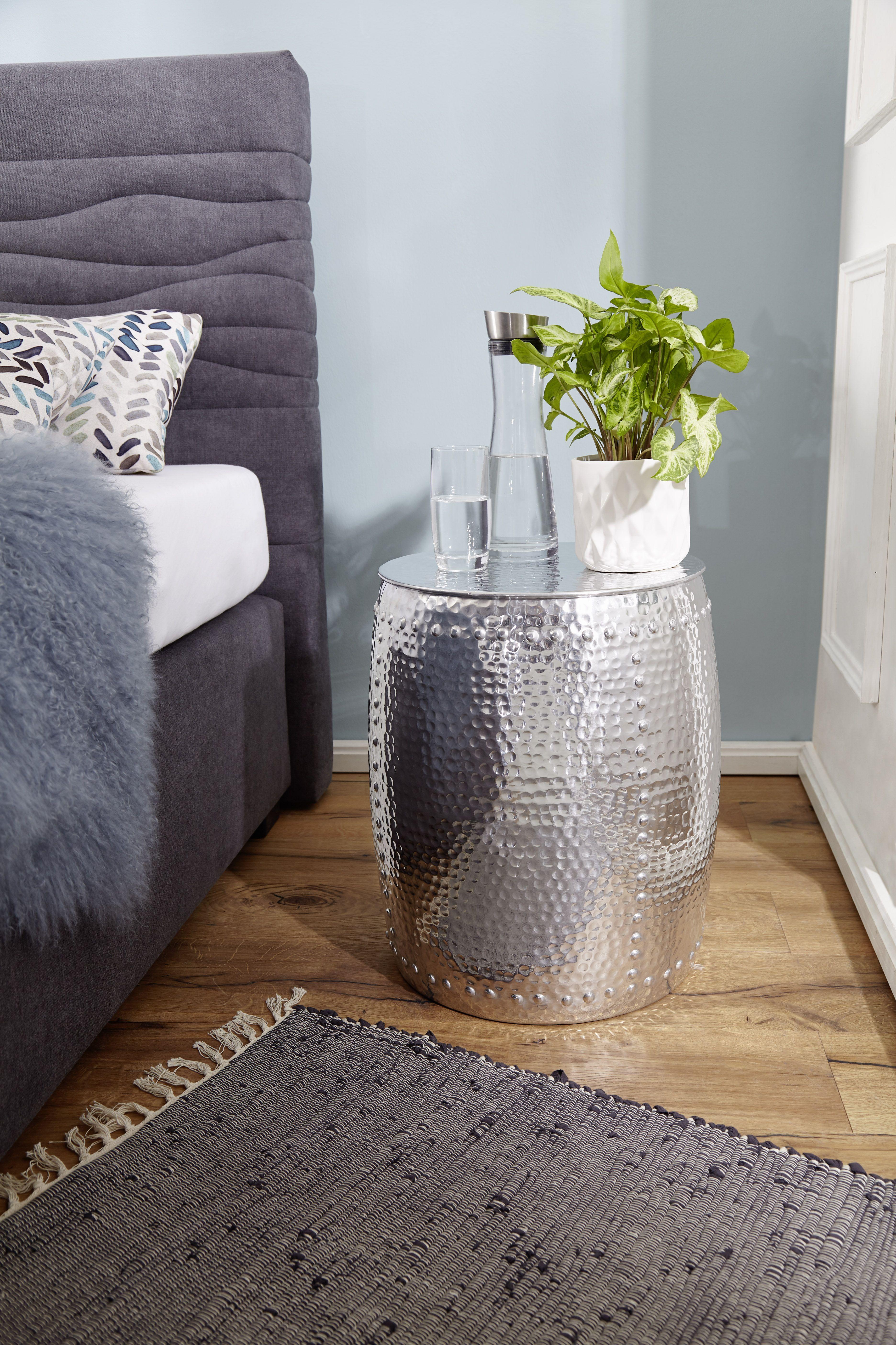 Wohnling Beistelltisch Petro Silber Wl5 469 Aus Aluminium Silber Metall Wohnidee Dekoration Ablage Wohnen Rund Design Beistelltisch Beistelltisch Tisch