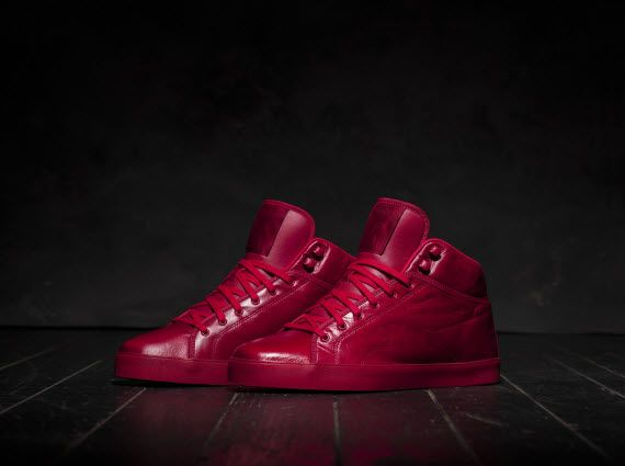 86bc8ade377555 tyga-x-reebok-classic-t-raww-signature-sneaker-01