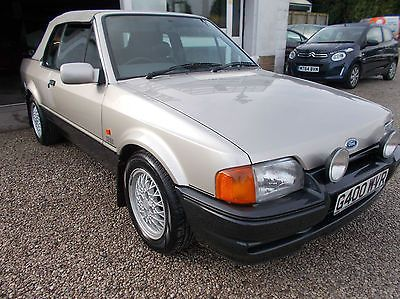FORD ESCORT XR3I CABRIOLET LIMITED EDITION https://t.co/zzvhSclhft https://t.co/E1qo1SsiHd