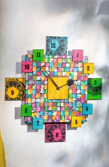 DIY: Farbenfrohe Uhr auf Quadratologo Keilrahmen und Malpappen Mit Anleitung: http://www.vbs-hobby.com/de/themenset/farbenfrohe-uhr-auf-quadratologo-keilrahmen-und-malpappen-835.html