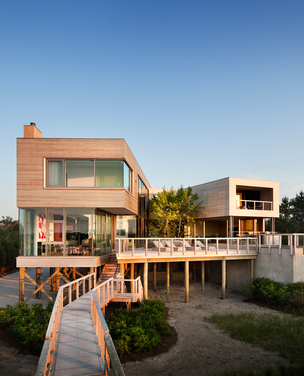A Luxurious Look at Some of the Best Designed Homes in the Hamptons ...