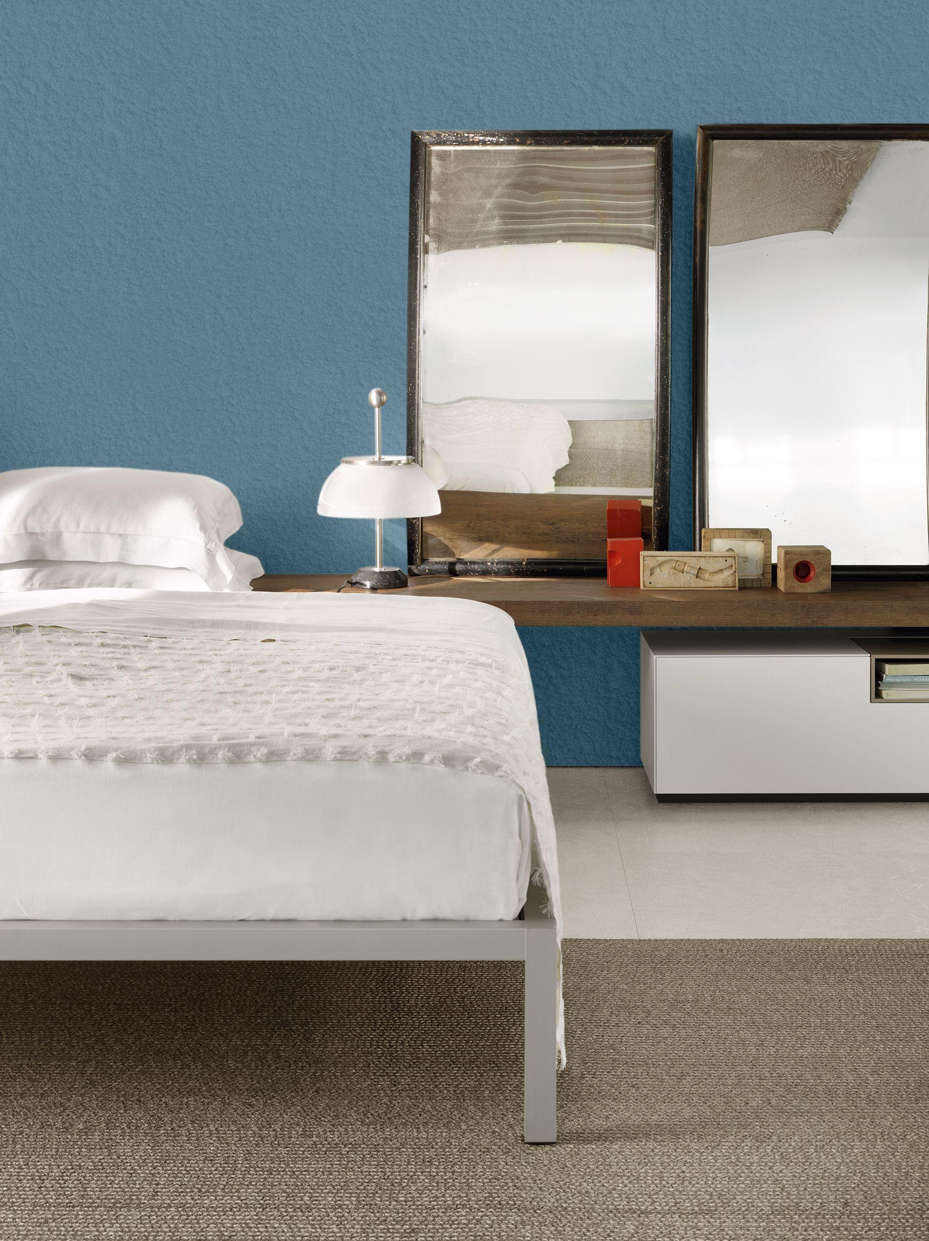 In Natural Anodised Aluminium Mdf Italia Aluminium Bed Sommier