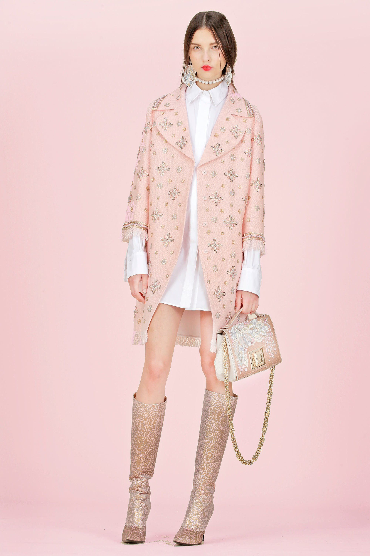 Andrew Gn Resort 2018 Fashion Show | Fashion, Fashion inspiration design, 2018 fashion