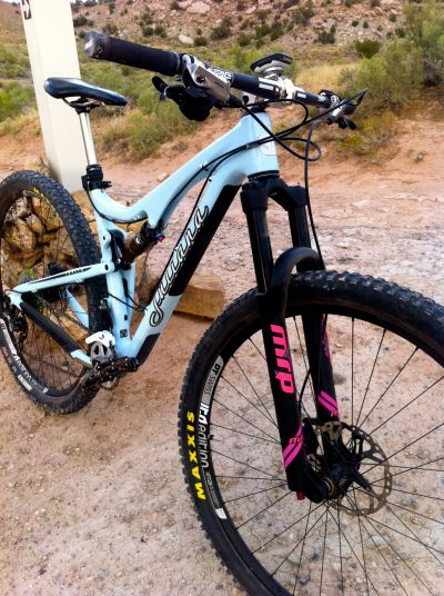Juliana joplin c with mrp stage fork and custom pink decals