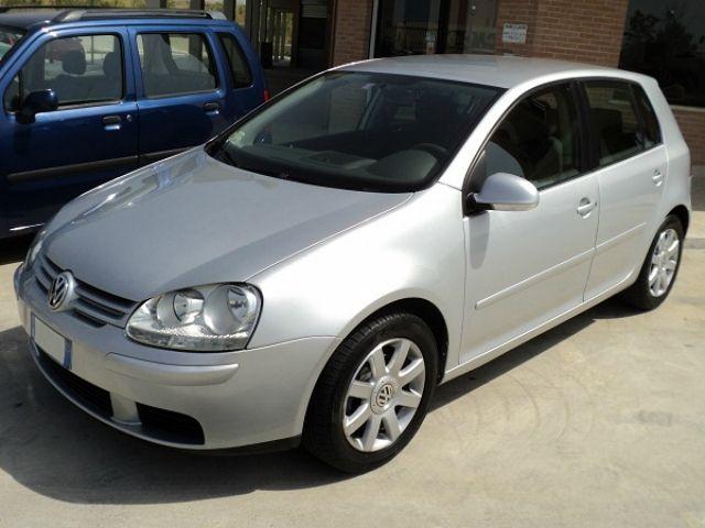 Volkswagen Golf 1 9 Tdi Sportline A 6 890 Euro Berlina 118 000 Km Diesel 77 Kw 105 Cv 07 2005 Berlina Annunci