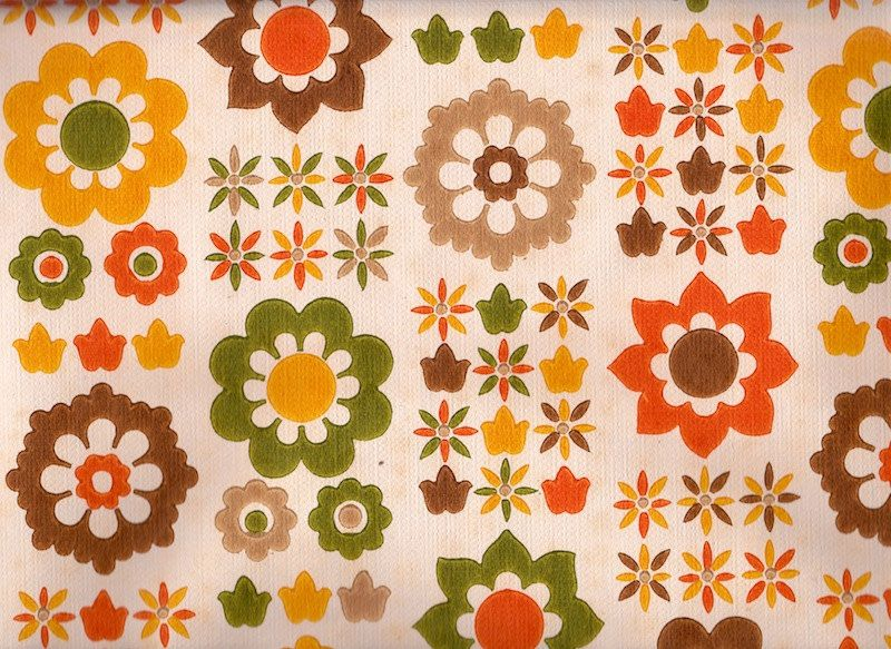 Vintage 1970s Wallpaper Fab, funky 70s flowers Pattern
