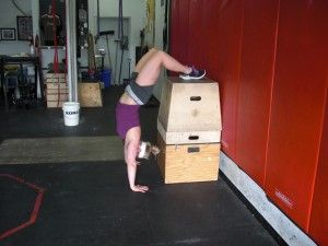 headstand pushup hspu progression routine from crossfit