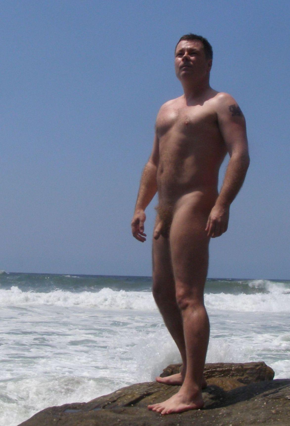 guyzbeach: follow guyzbeach, a collection of natural men naked at