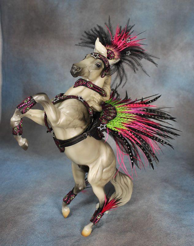 Rio-costume.jpg 633×800 pixels