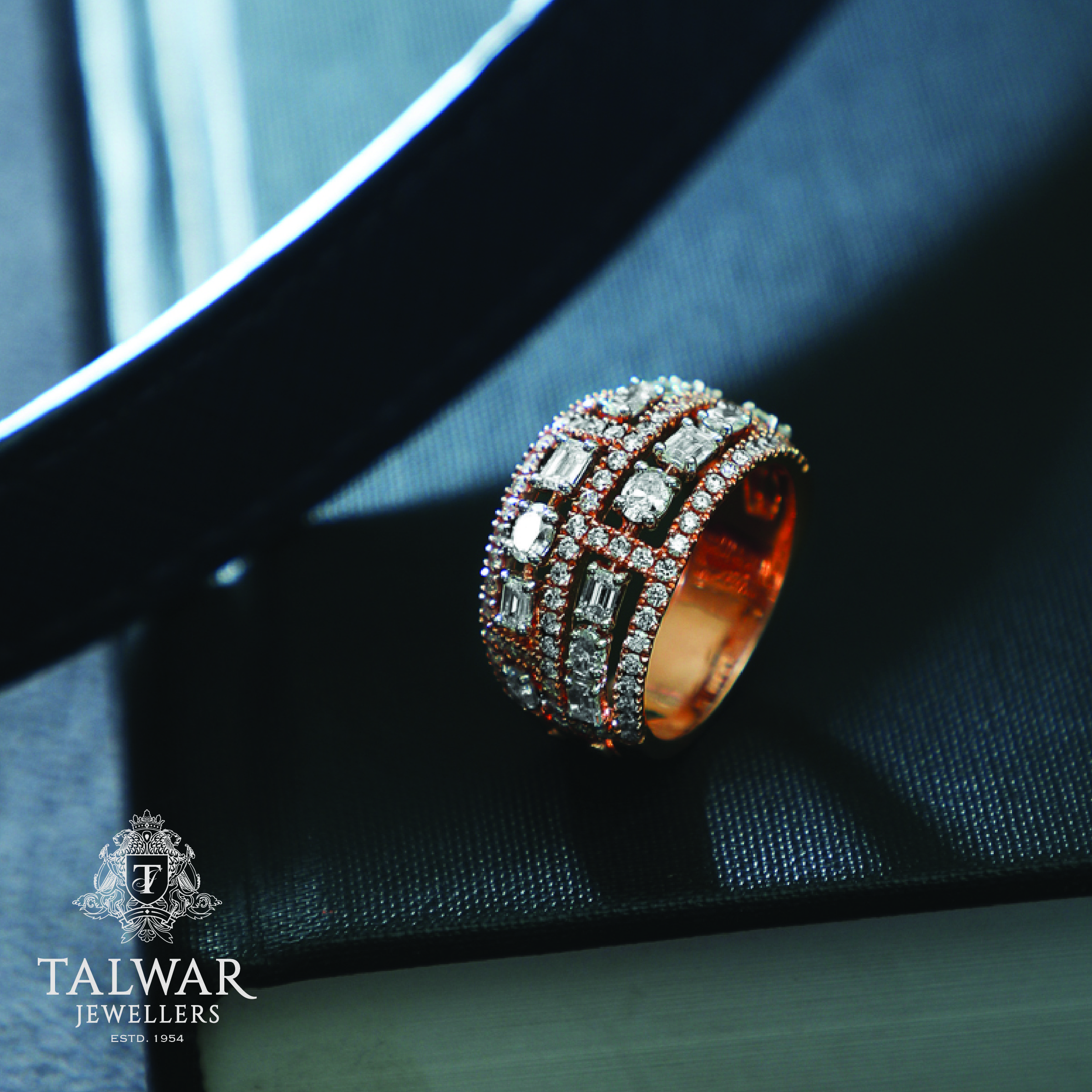 Founded in 1954 talwar jewellers is one of the oldest and