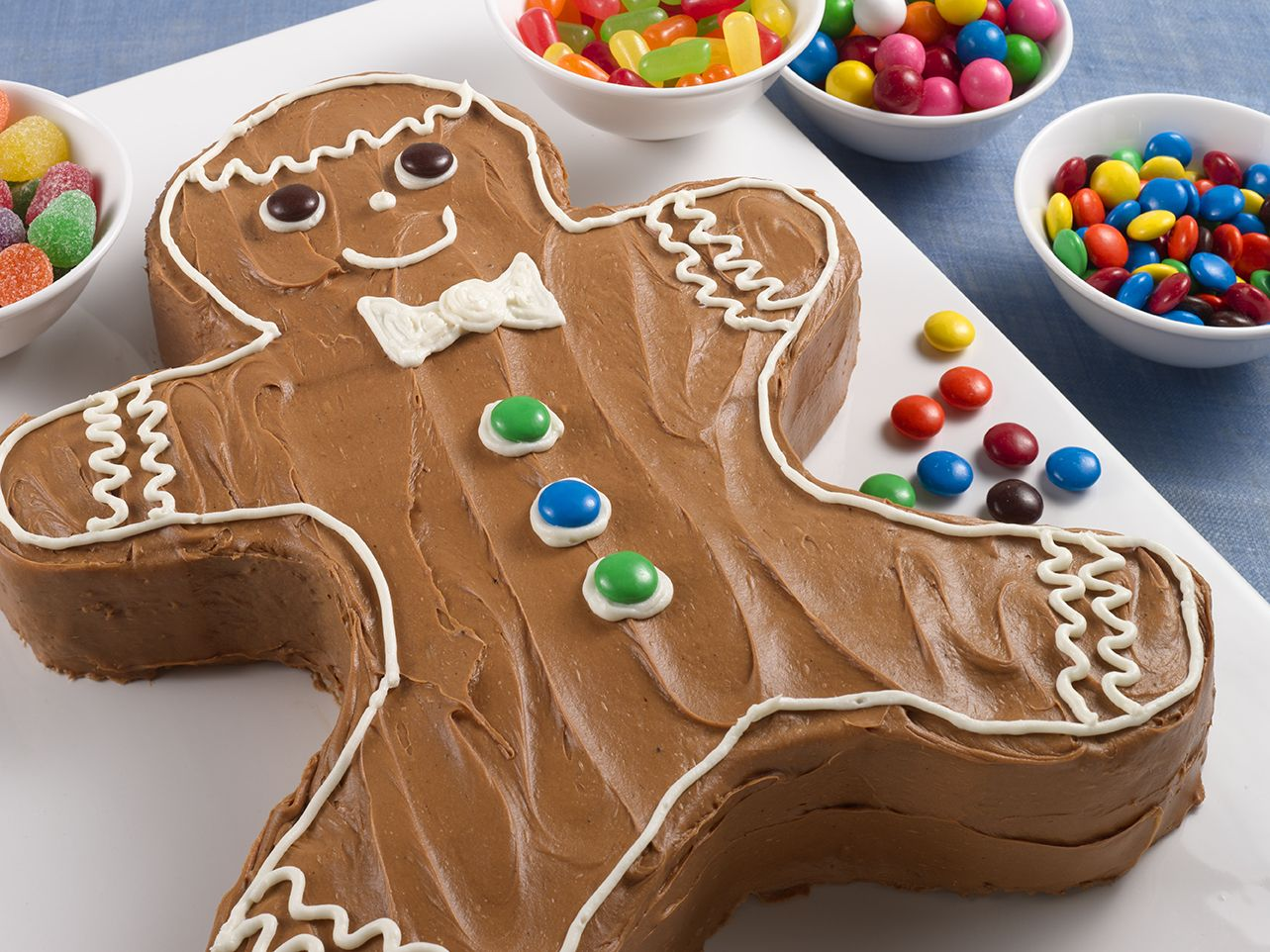 Prime Gingerbread Man Cake With Images Gingerbread Recipe Funny Birthday Cards Online Hetedamsfinfo