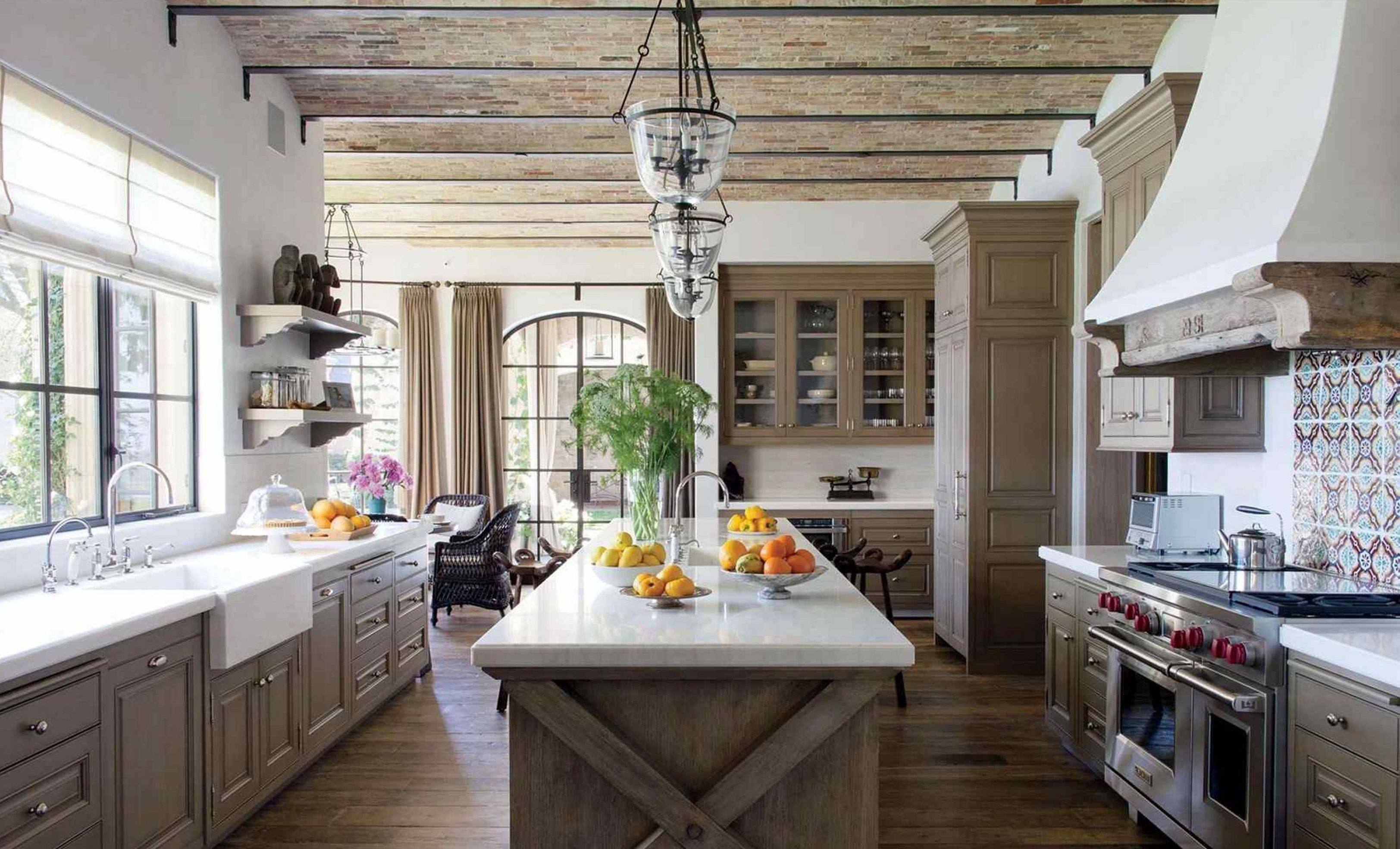 top 10 awesome farmhouse kitchen design ideas to make on best farmhouse kitchen decor ideas and remodel create your dreams id=28076