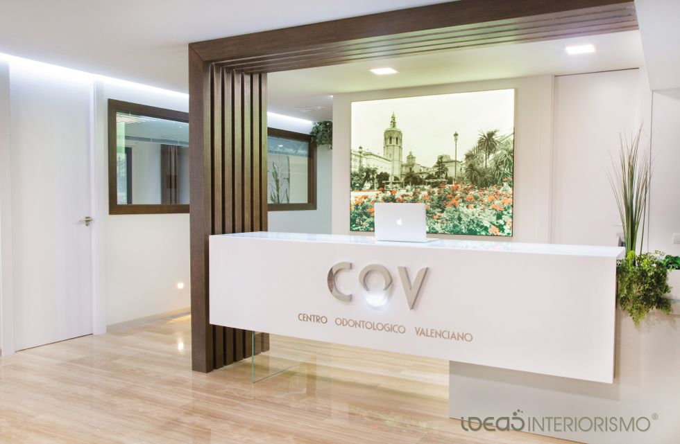 Clinica dental valencia proyecto interiorismo decoracion for Interiorismo valencia