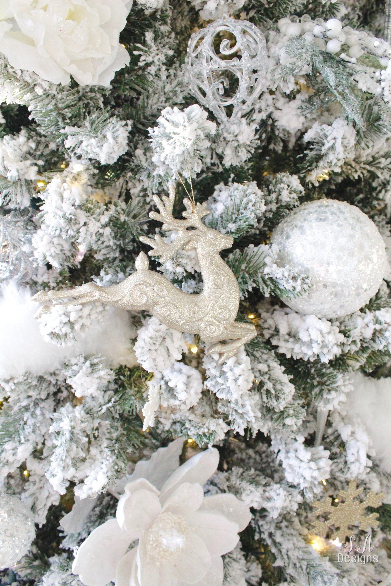Winter Wonderland Flocked Christmas Tree & Mantel